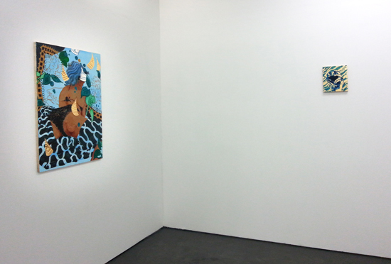 Left to Right: 'Hunter watching the beach', 2016, oil, acrylic and gold leaf on board, 95 x 170 cm; 'White wine Lanzarote', 2015, oil on gold leaf on board, 25 x 22 cm